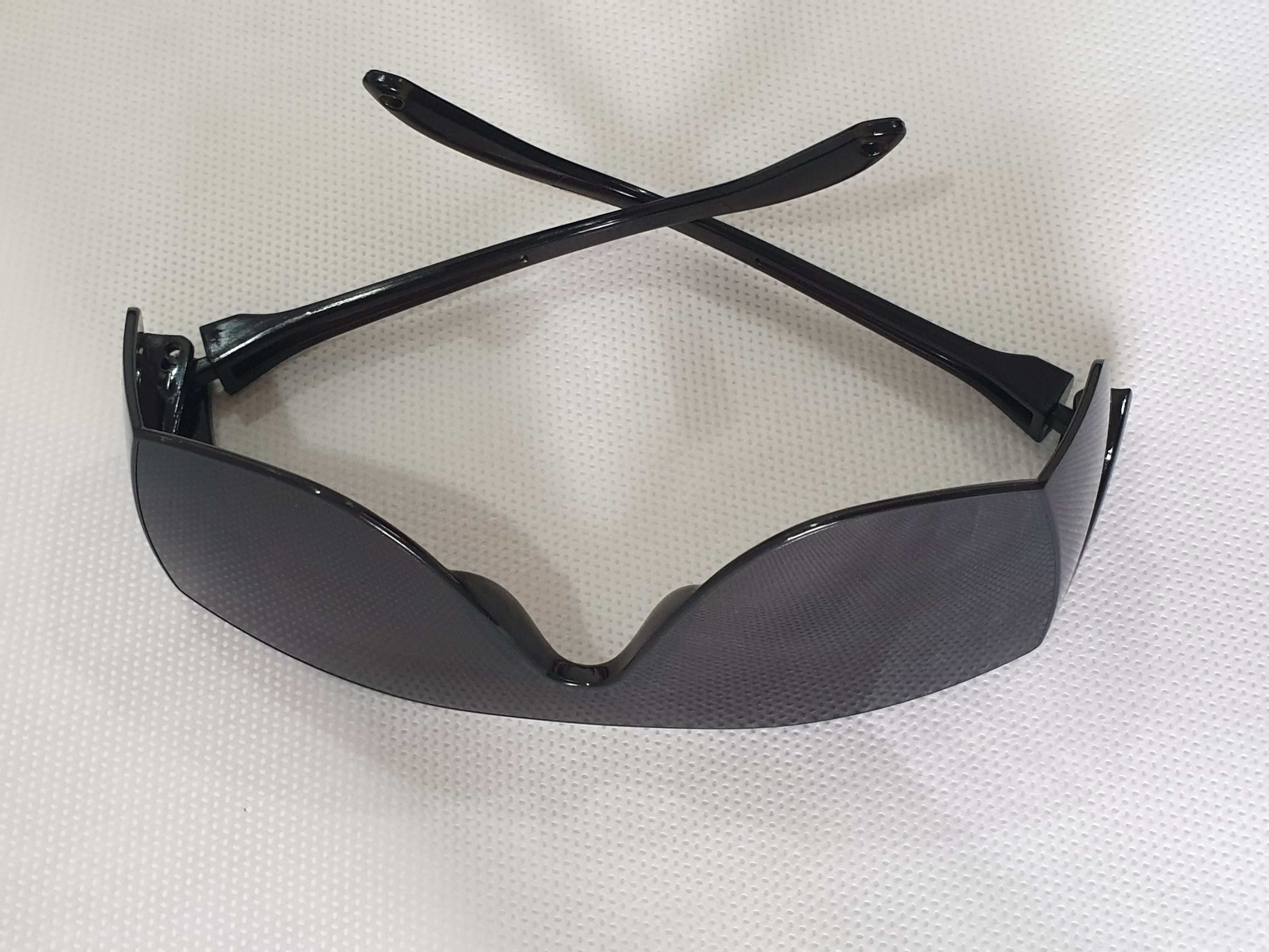 DISPOSABLE SAFETY GOGGLES