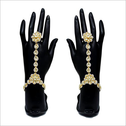 Finger Bracelet