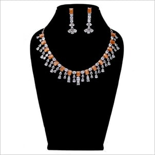 Imitation Party Wear Necklace Set