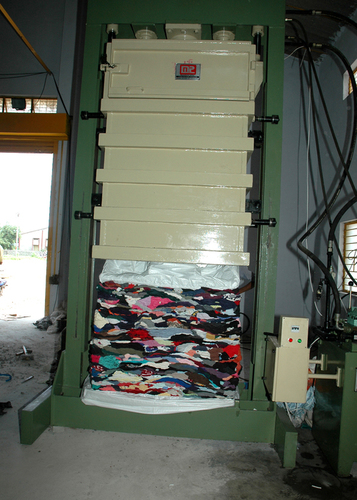 Hydraulic Baling Press For Cloth Waste