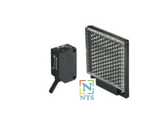 Panasonic CX-481 Photoelectric Sensor
