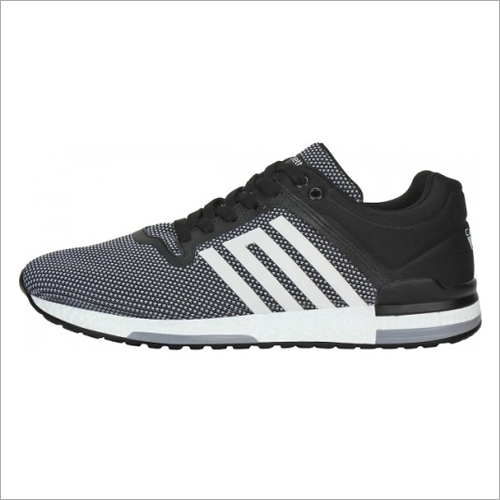 Men Black & White Calcetto Pacific Running Shoes