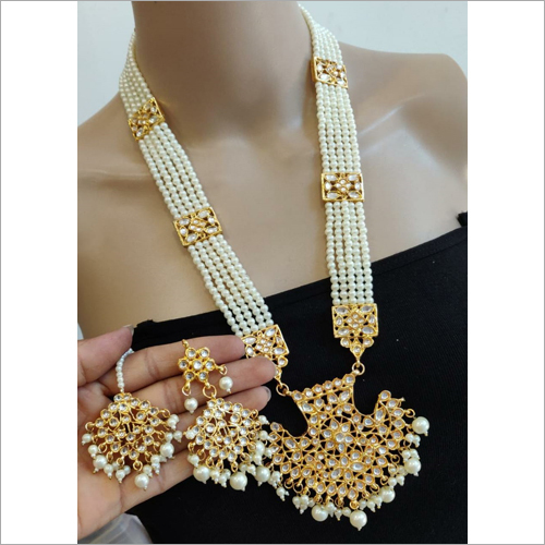 Fashionable  Artificial Jewellery