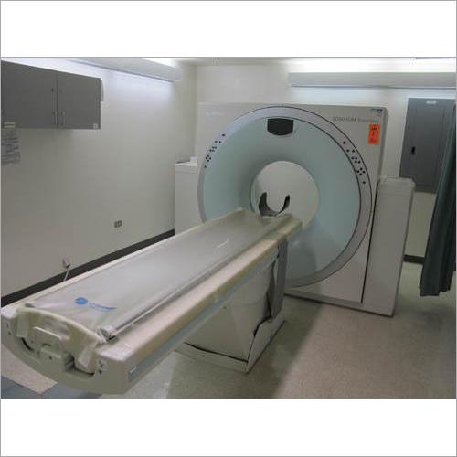 16 Slice CT Scanner