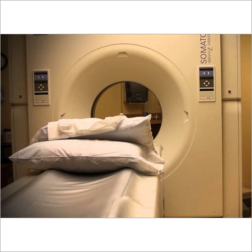Zoom 4 Slice CT Scanner
