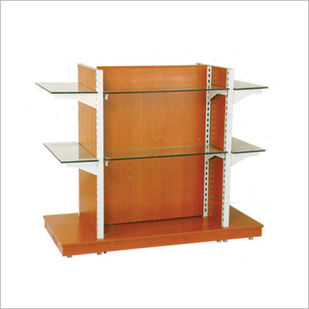 Garment Rack With Wooden Touch