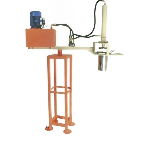 NAMKEEN HYDRAULIC EXTRUDER  MACHINE ( MEDIUM ), for Commercial, Capacity: Hopper 5 Kg