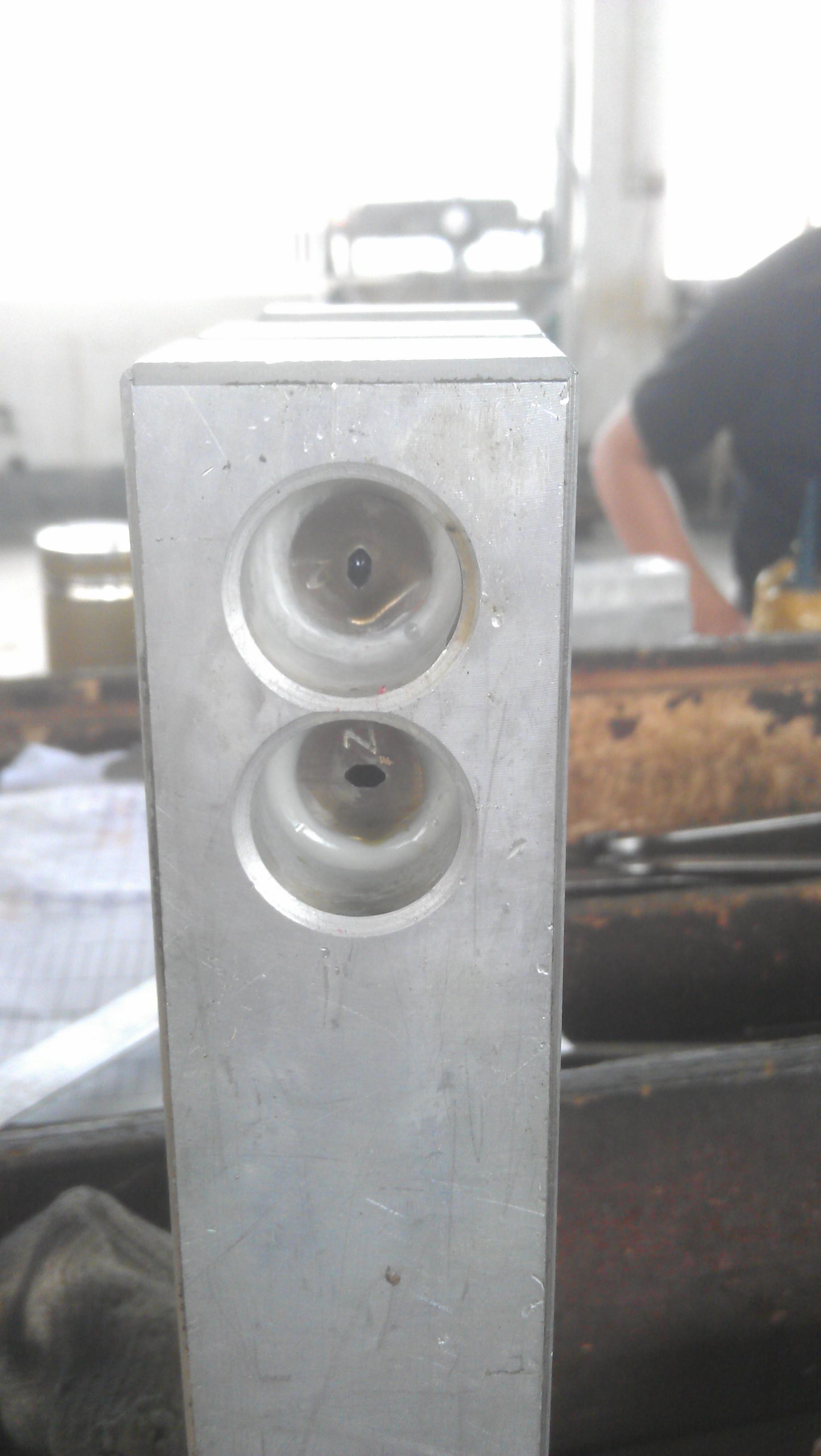 Pneumatic V Notch Punch Machine