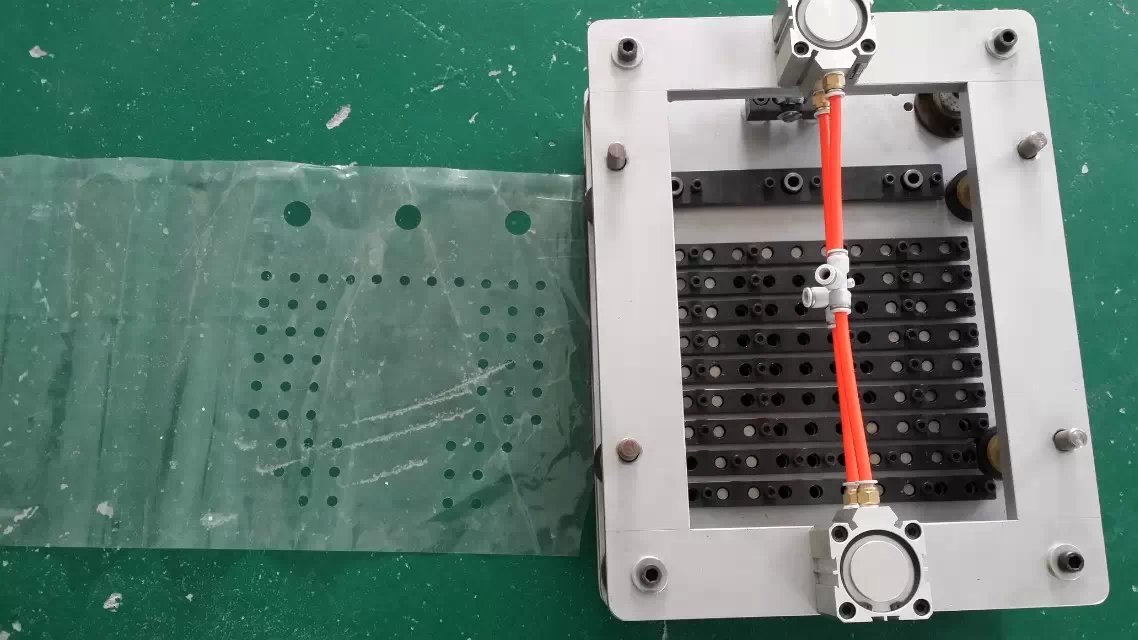 Grape bag punch/Multi holes punch/Toothed punch/serrated punch for plastic film