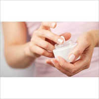 Moisturizer Cream Compound