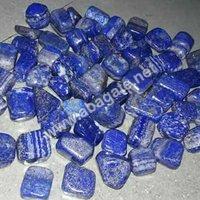 Lapis lazuli pebbles