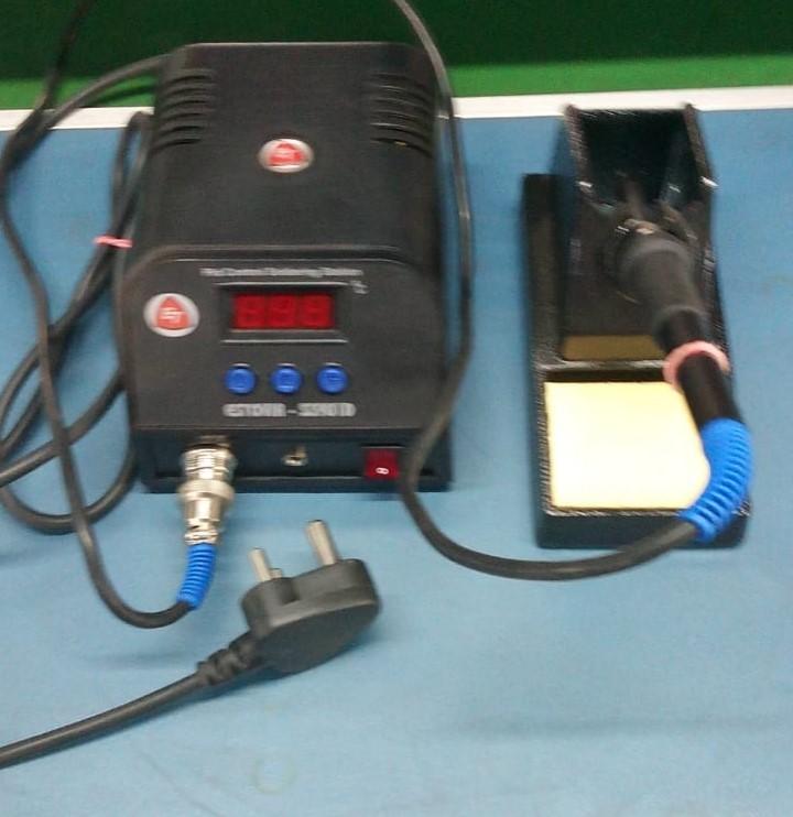 Temperature Control Soldering Station