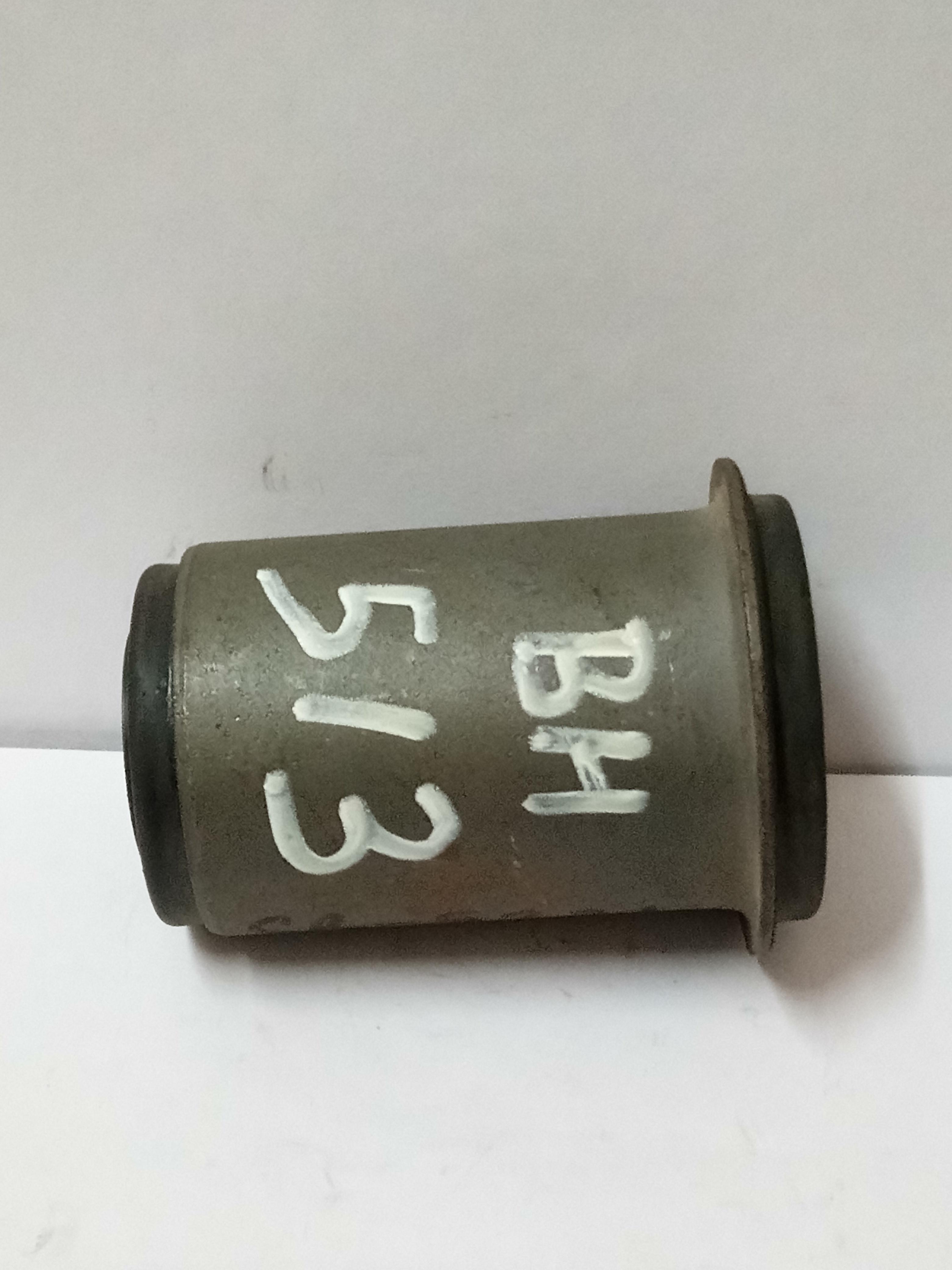 AR6063 BUSH UC TOY VENT STALL 1.5 5K 2Y