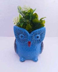 Owl shape planter