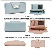 whit button ladies stylish wallet