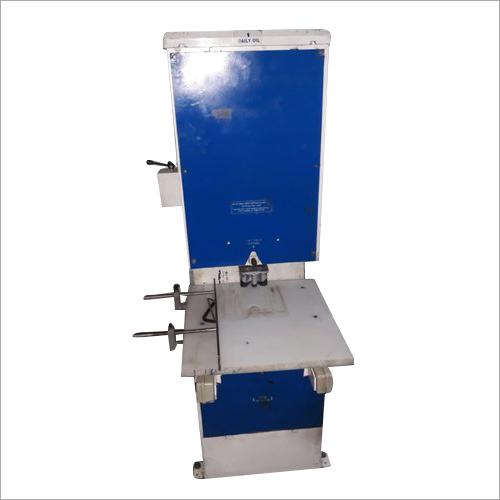 AMP U Cut W Cut Non Woven Bag Making Machine