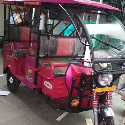 Battery Operated Passenger E Rickshaw