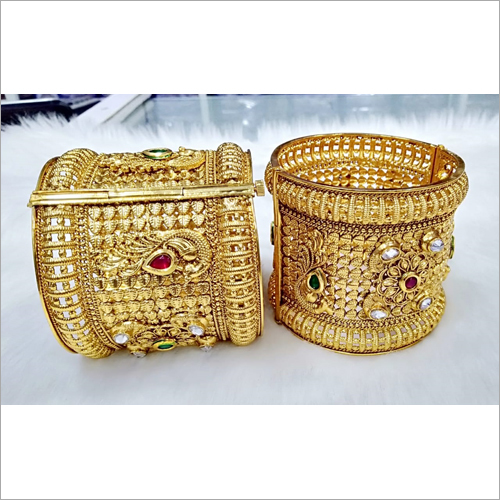 Ladies Broad Kada Set