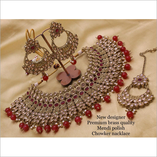 Metal Bridal Kundan Choker Set