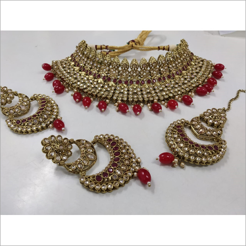Ladies Kundan Choker Necklace Set
