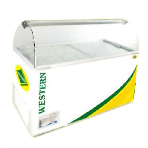 440 Ltr Scooping Parlour Deep Freezer
