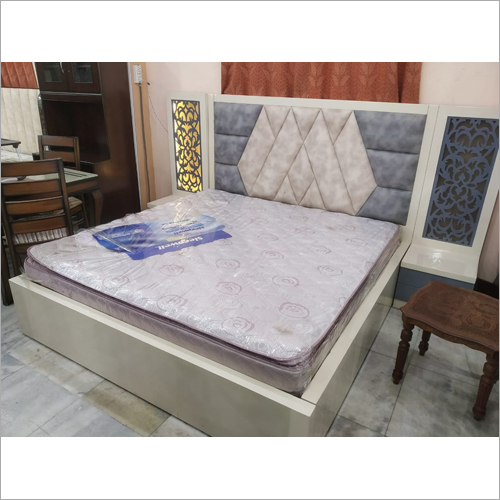 Cushion High Back Bed