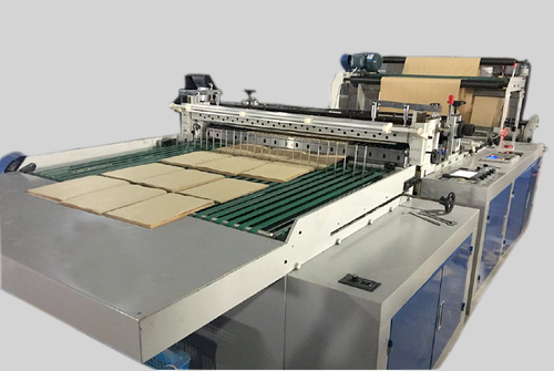 Fully automatic A4 paper cutting machine