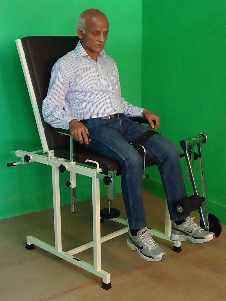 IMI-2901 Quadriceps Exercise Table/Bench with Backrest.