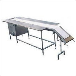 Inclined Packing Conveyor