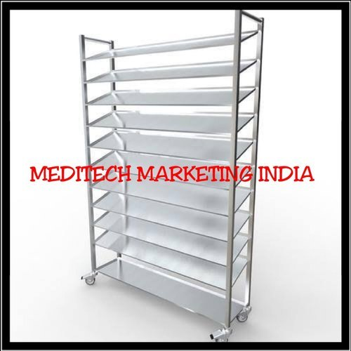 MEDICINE RACKS (10 SELVES)