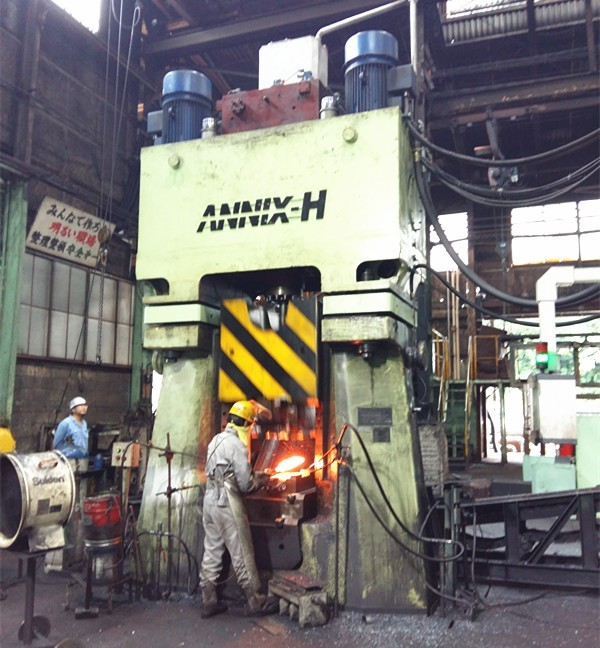 Hydraulic closed die forging hammer for sale