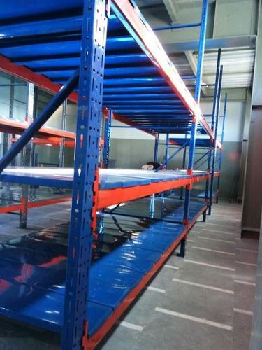 Long span heavy duty rack