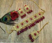 Kundan Choker Necklace with Earrings