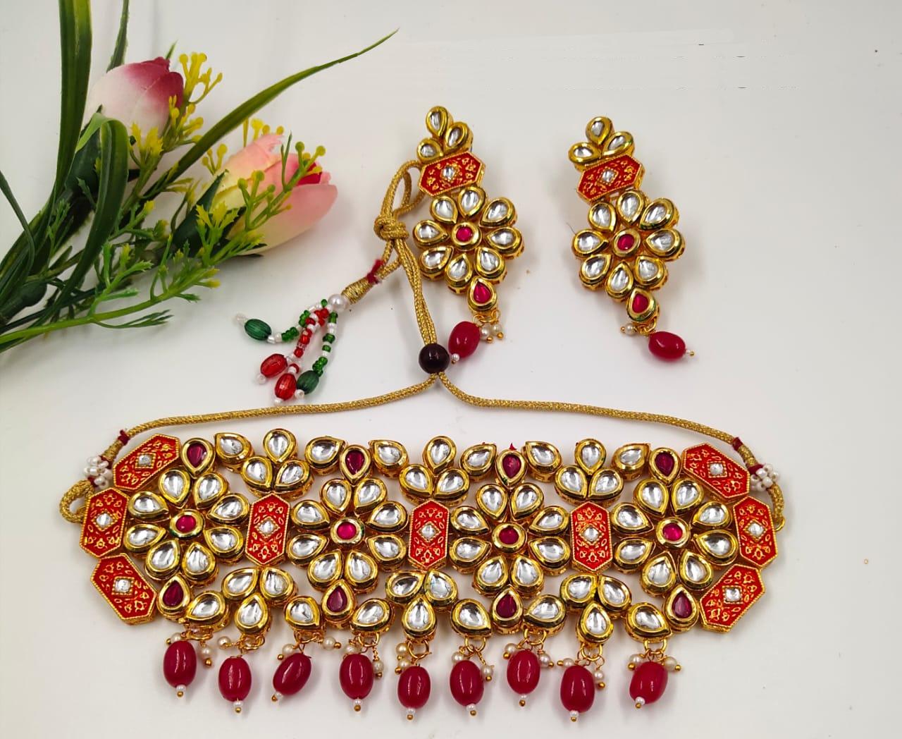 Heavy Kundan Choker Necklace Set