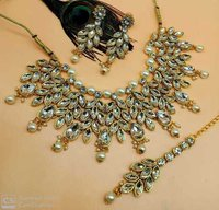 Bollywood Style Kundan Necklace Set