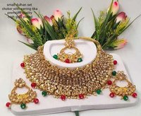 Golden Metal Kundan Choker Necklace Set
