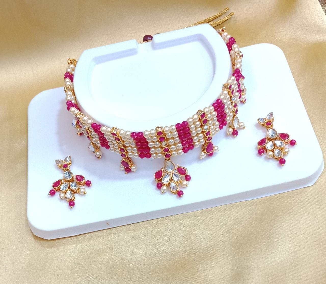 Kundan Pearl Choker Necklace Set