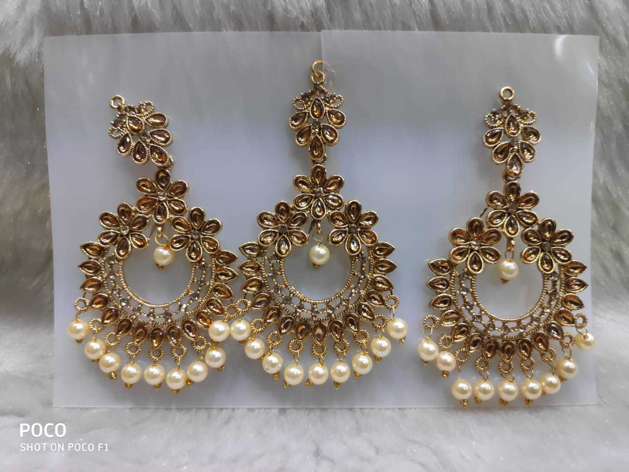 Stone Earring with Maang Tika