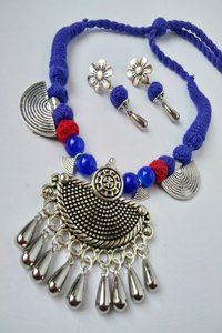 Traditional Threaded Necklace Set