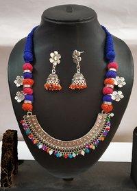 Multi Threaded Half Round Pendant Necklace Set