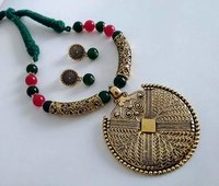 Party Wear Threaded Necklace