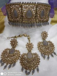 Choker Stone Bollywood Necklace Set