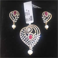 Ladies Pendant Set