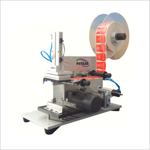 Semi Automatic Flat Bottle Labeling Machine