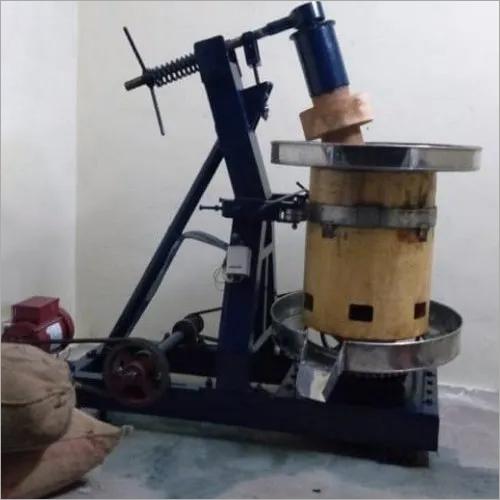 Vagai Marachekku Oil Extraction Machine