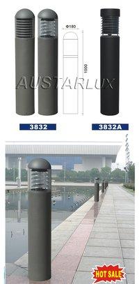 AU3832 Bollard Lighting
