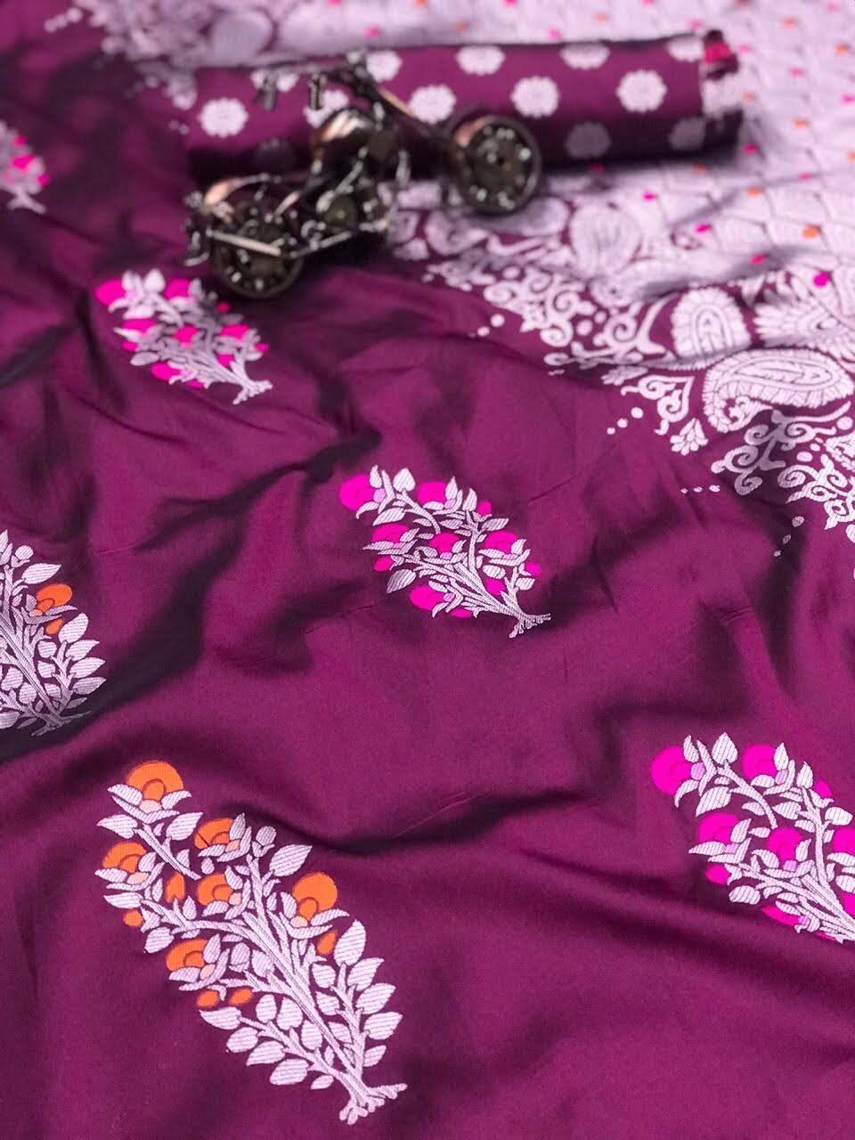 Ladies Trendy Lichi Saree