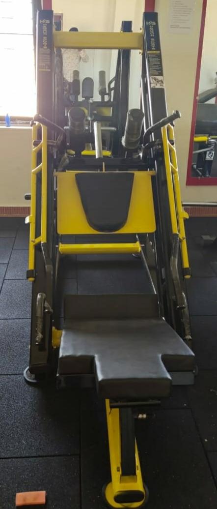 Leg Press With Hack Squat Machine