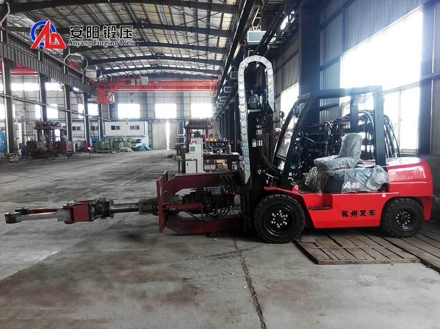 Forging Manipulator Mobile Forging Charging Manipulator