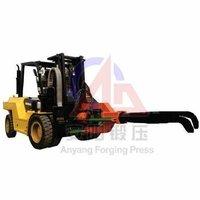 Two ton forging manipulator, mobile open die forging manipulator